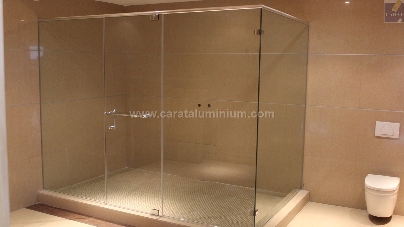 Custom Made Frameless Glass Shower Enclosures Carat