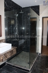 STANDARD SQUARE SHOWER WITH TOWEL RAIL HANDLE
